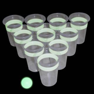 Leuchtendes Bier-Pong