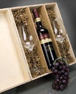 Rotwein Geschenksets in gravierter Holzbox